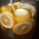 夏バテ防止に、レモン酢を作る